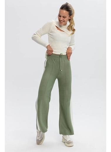 Tiffany&Tomato Yanları Şeritli Bol Paça Triko Pantolon-Siyah Yeşil